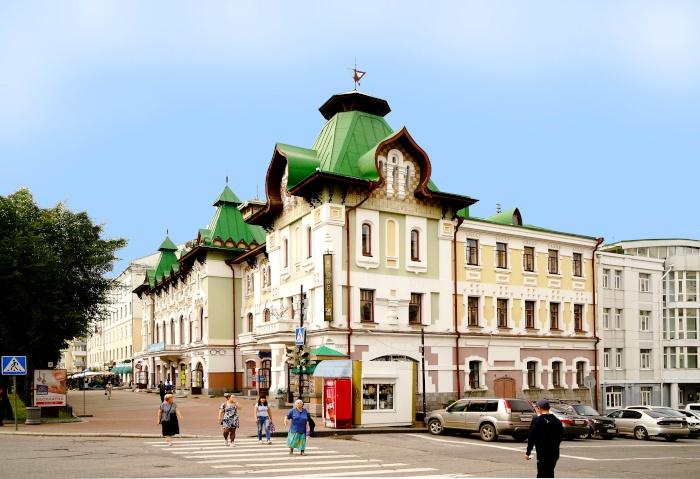Verziertes Gebäude in Chabarowsk