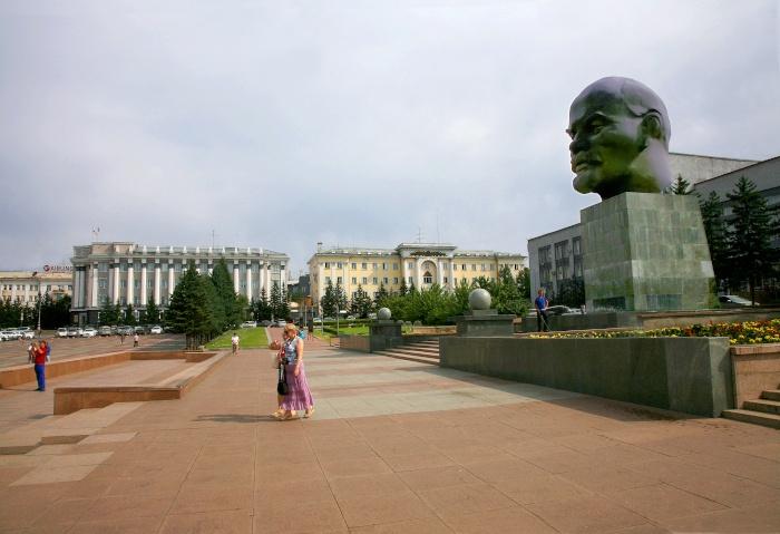 Größte Lenin Büste auf dem Zentralplatz in Ulan-Ude