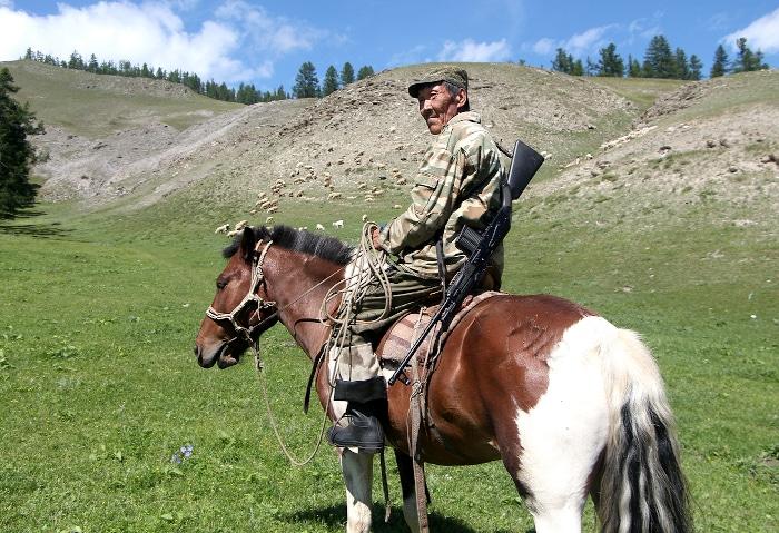 Hirte auf seinem Pferd in Tuwa, Russland